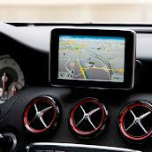 2013-Mercedes-A-Class-Interior-8.jpg