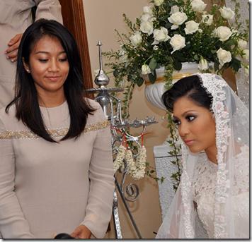 Gambar perkahwinan Nana Mahazan dan Raqeem Bria 2