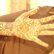 Hennadesigner.com mehndi artiist at the wedding hina party of T Paghdiwala (1).JPG