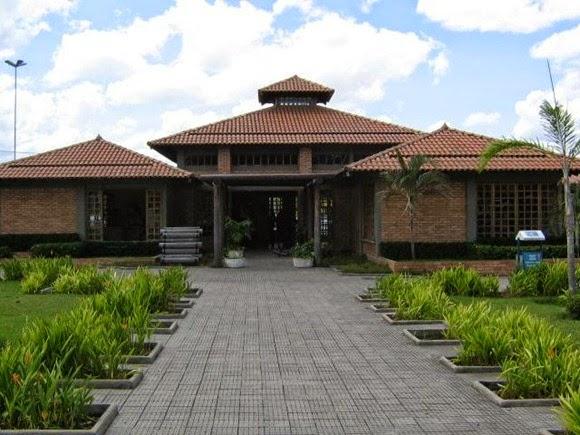 Centro de Artesanato, Turismo e Geraçao de Renda Velia Coutihno - Boa Vista, Roraima