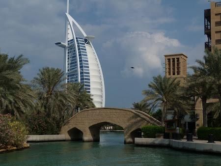 Obiective turistice Dubai: Modern si traditional in Dubai