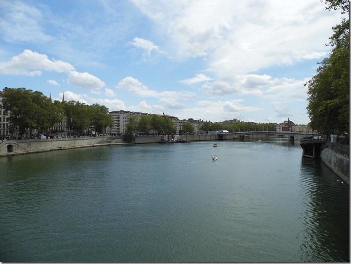 Lyon 17