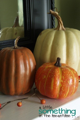 Fall 2012 Mantel - Right Side Pumpkins