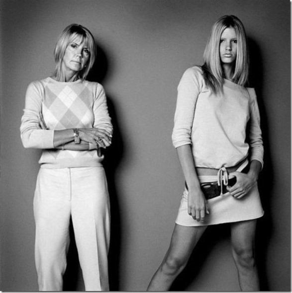 models-pose-moms-4