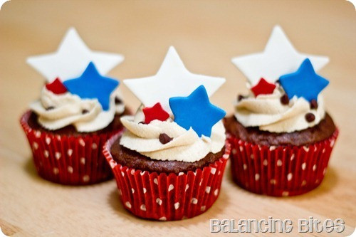 4th-July-Cupcakes-A_thumb