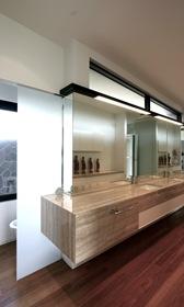 Diseño-interiores-Baños-marmol