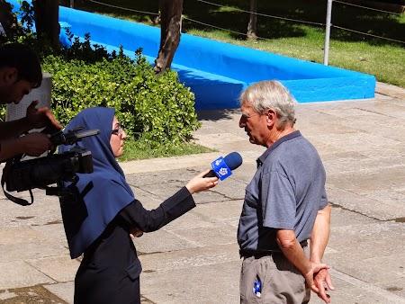 18. Interviu la televiziunea iraniana.JPG