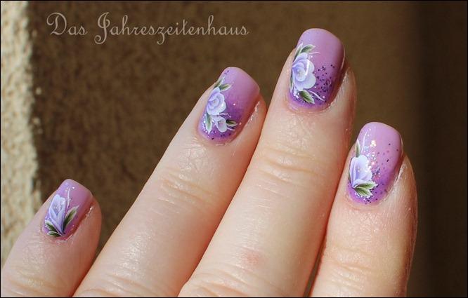Lila Mauerblümchen 3