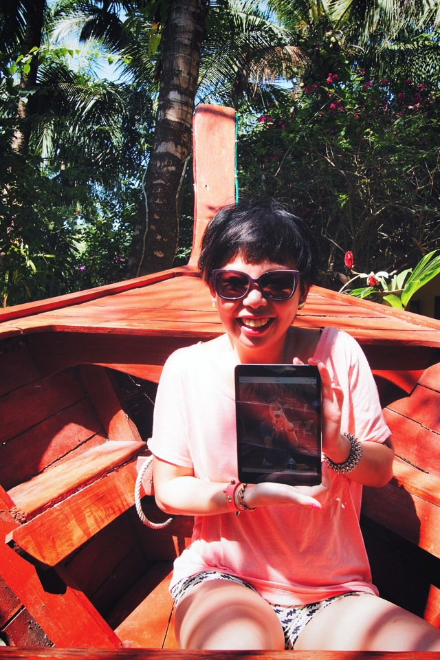 ipad in boat