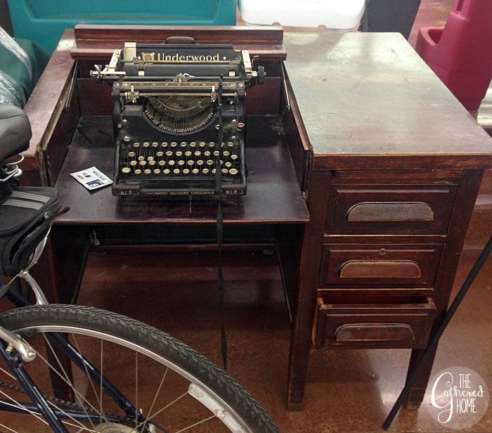 thriftscorethursday vintage typewriter desk