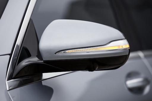 2014-Mercedes-Benz-S63-AMG-30.jpg