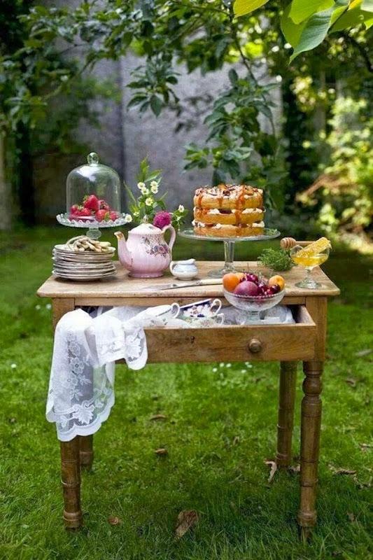 Tavolino_recupero_party_giardino