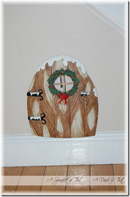 Elf on a Shelf Door {A Sprinkle of This . . . . A Dash of That}