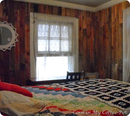 Pallet wood wall -bedroom after