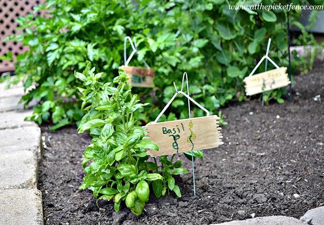 Hanger Garden Marker