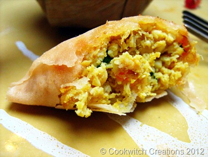 delicate chicken samosa