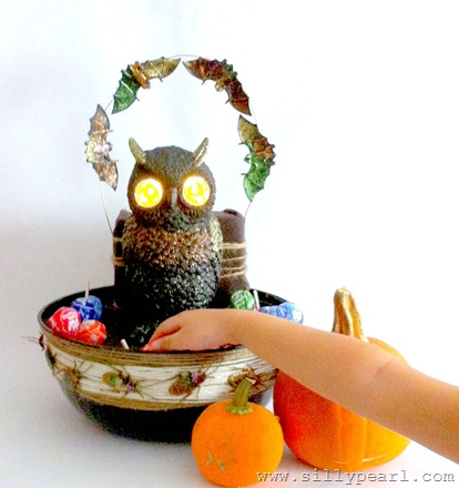 Creepy Creatures Light Up Halloween Candy Bowl - The Silly Pearl