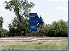 2131 Manitoba TC-1 East - Welcome sign at border