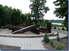 2404 North Dakota USA & Manitoba Canada - International Peace Garden - 911 Memorial