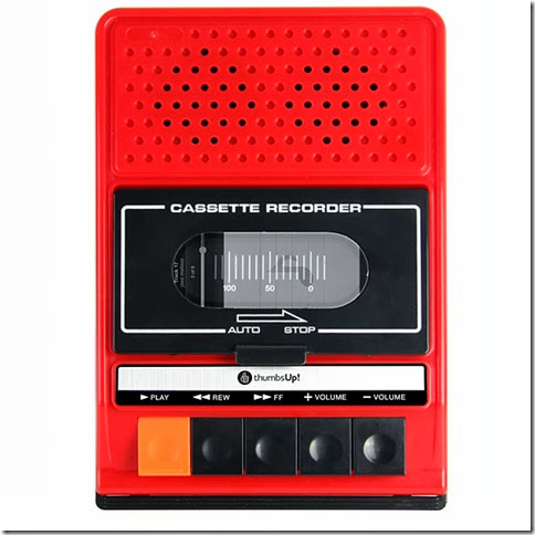 iRecorder-Retro-Cassette-Player-Styled-Portable-Speaker-For-iPhone3