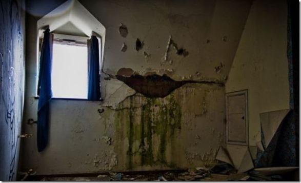 abandoned-castle-belguim-11