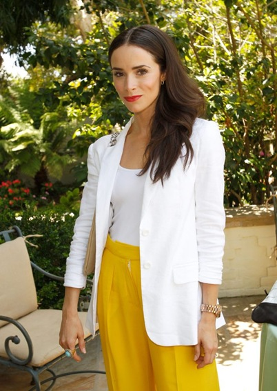 96632_Tikipeter_Abigail_Spencer_PS_ARTS_Bag_Lunch_003_123_253lo