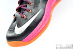 lebron10 floridians 27 web white The Showcase: Nike LeBron X Miami Floridians Throwback