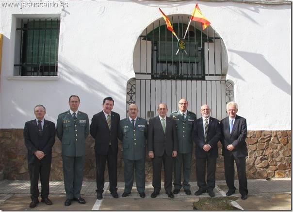 Comisión de la cofradía con el Tcol. Urruchi, Coronel Salinero, General González Ruiz y el Subdelegado del Gobierno