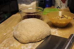 spelt-rye-cranberry-walnut-loaf_313