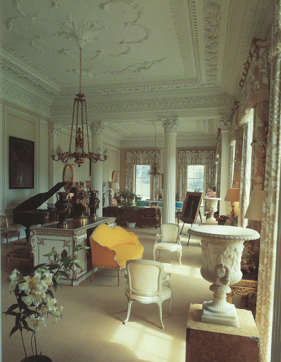 This great room was decorated by Hicks in the mid-1970s. I enjoy the romantic, old-world feel of it.