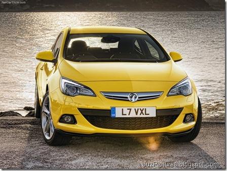 Vauxhall Astra GTC4