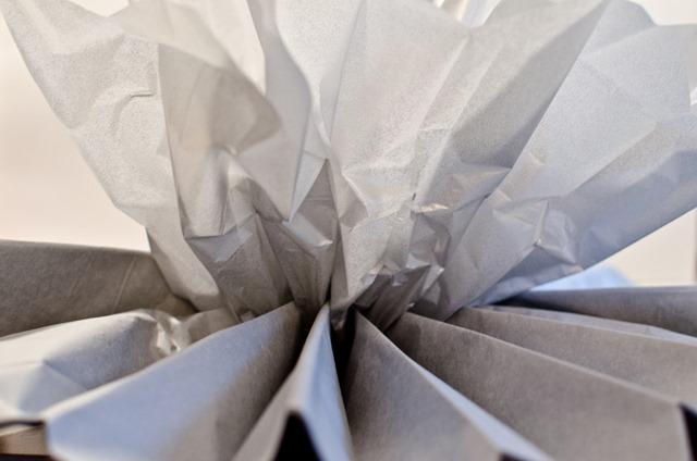 Tissue Paper Pom Poms | personallyandrea.com