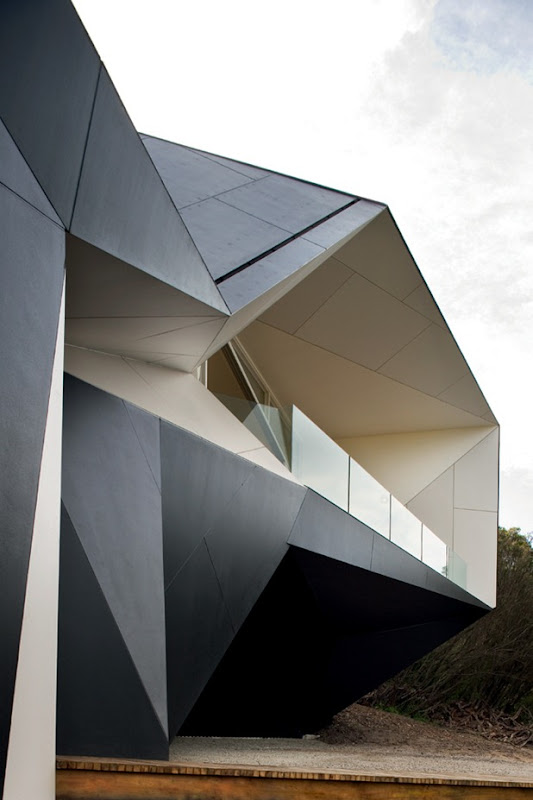 klein bottle house by mcbride charles ryan 2