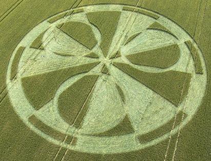 Cercuri in lanuri 13 Iulie 1