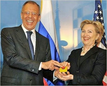 01-lavrov-clinton-reset-button-434x350