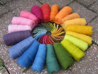 Pflanzengefärbter Regenbogen