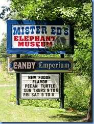 3086 Pennsylvania - Orrtanna, PA - Lincoln Highway (US-30) - Mister Ed's Elephant Museum