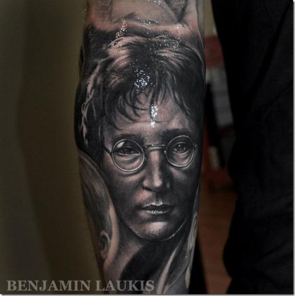 Tatuagem por Benjamin Laukis (31)