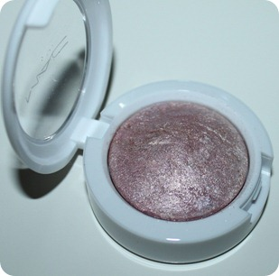 mac mineral snow season 2