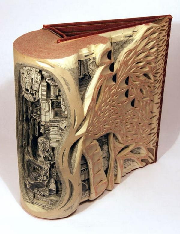 brian Dettmer - arte com livros  (9).jpg