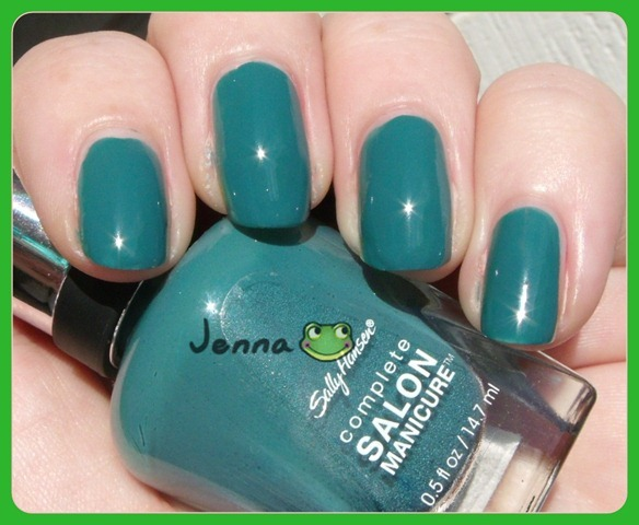 Sally Hansen Fairy Teal (2)