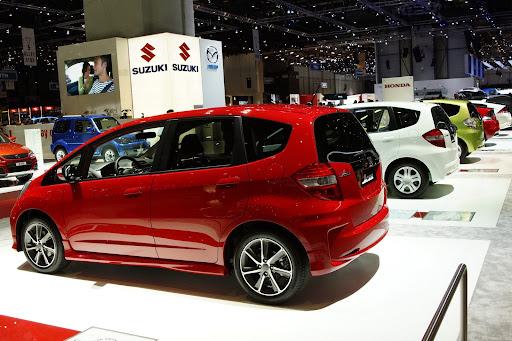 2012-Honda-Jazz-Si-05.jpg