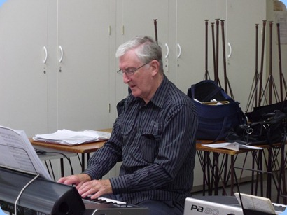Club President, Gordon Sutherland, played some solo pieces on his Korg Pa3X