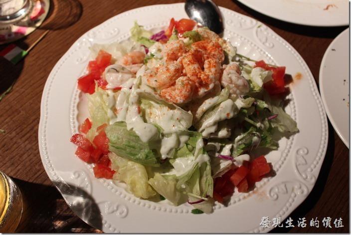 台北-美麗華金色三麥。單點,貝里斯鮮蔬蝦仁。蝦仁是熱的,感覺稍微有點怪。