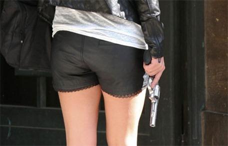 20110919-Britney_Got_a_Gun
