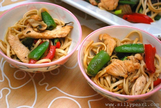 The Silly Pearl Chicken Chow Mein SFSmarties