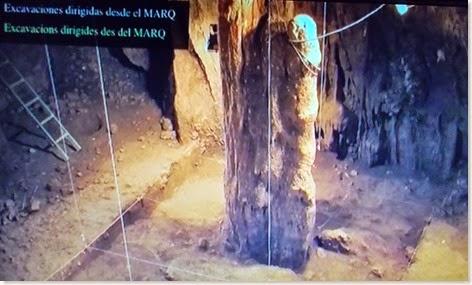 Cova d´En Pardo - Estalagmita