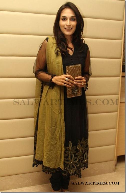 Aishwarya Dhanush at Inbox 1305 4th Anniversary Stills