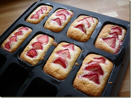 strawberry and lemon friands3