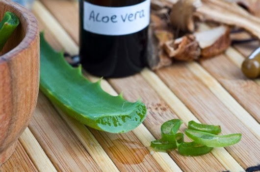 aloe_vera_face_and_hair_treatment